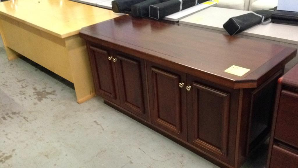 Office Furniture It Equipment Online Auction Key